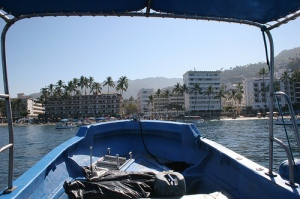 **thee** water taxi approaches los muertos pier (ehoyer's flickr)