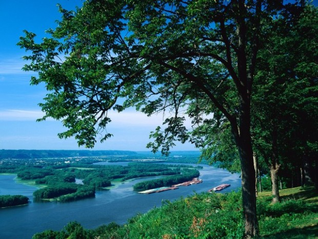 Mississippi River McGregor, Iowa